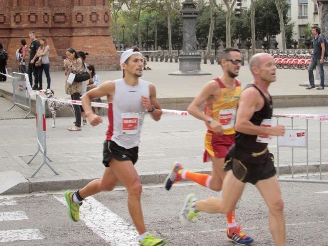 Pasando los peores momentos de la carrera, junto a Andrés Marín.