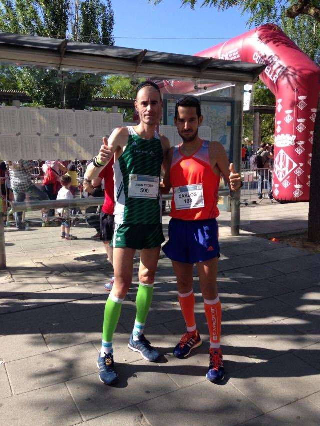 Junto con Juan Pedro Mora minutos después de terminar la carrera.